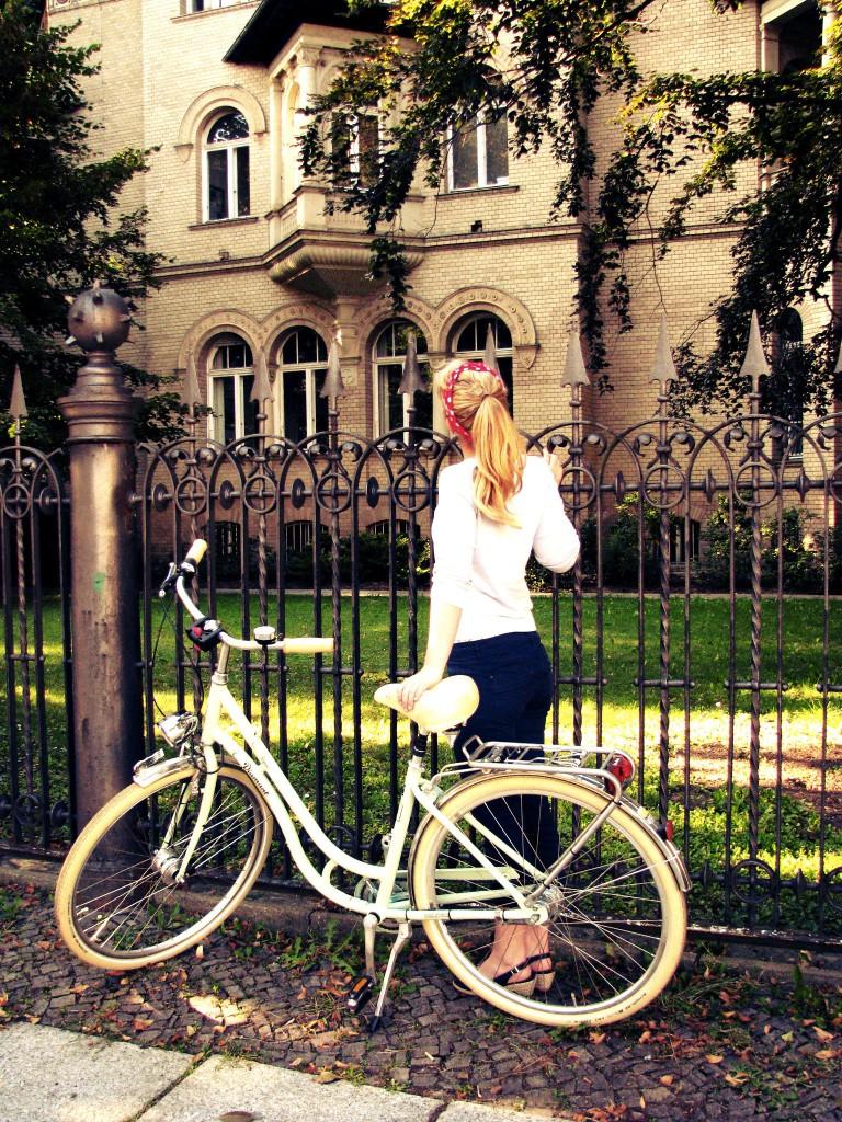 mit einem retro fahrrad durchs leben. Black Bedroom Furniture Sets. Home Design Ideas