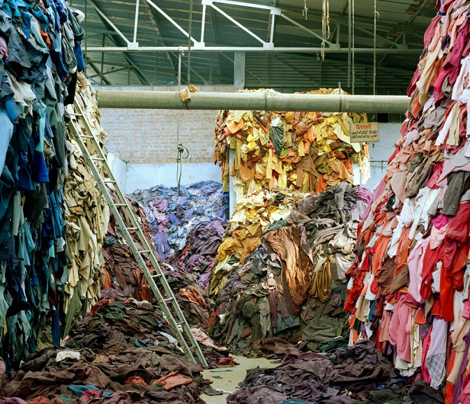 Fast Fashion Recycled Fashion