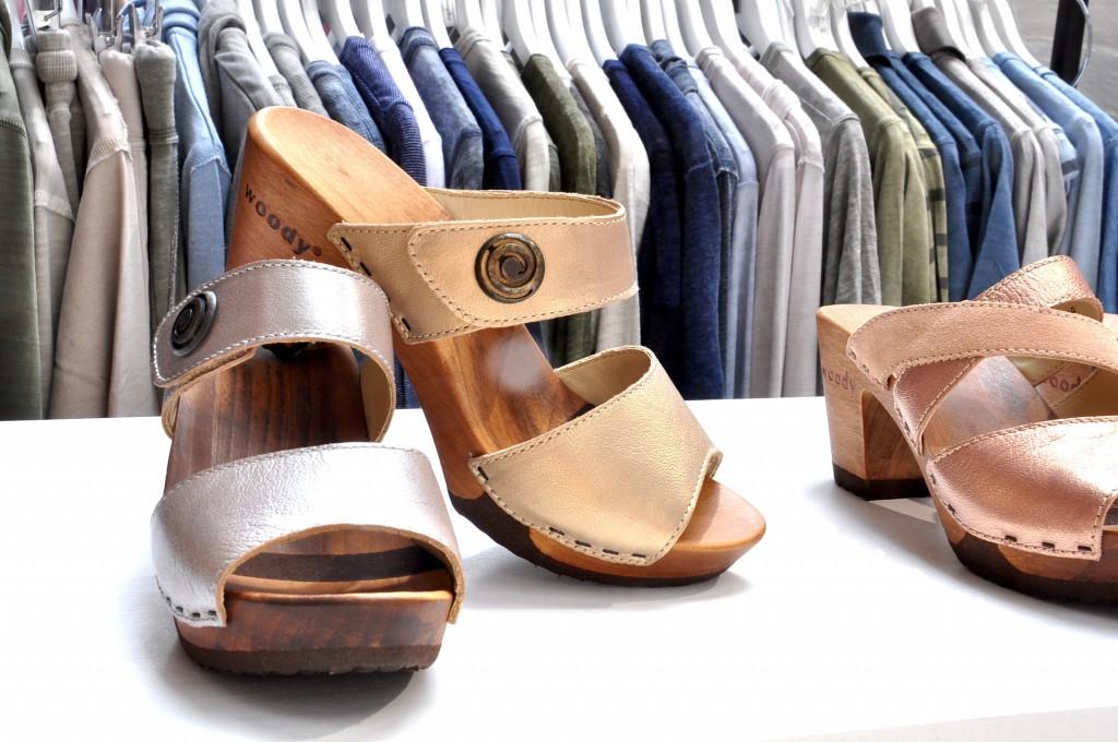 Grüne Mode Holzschuh