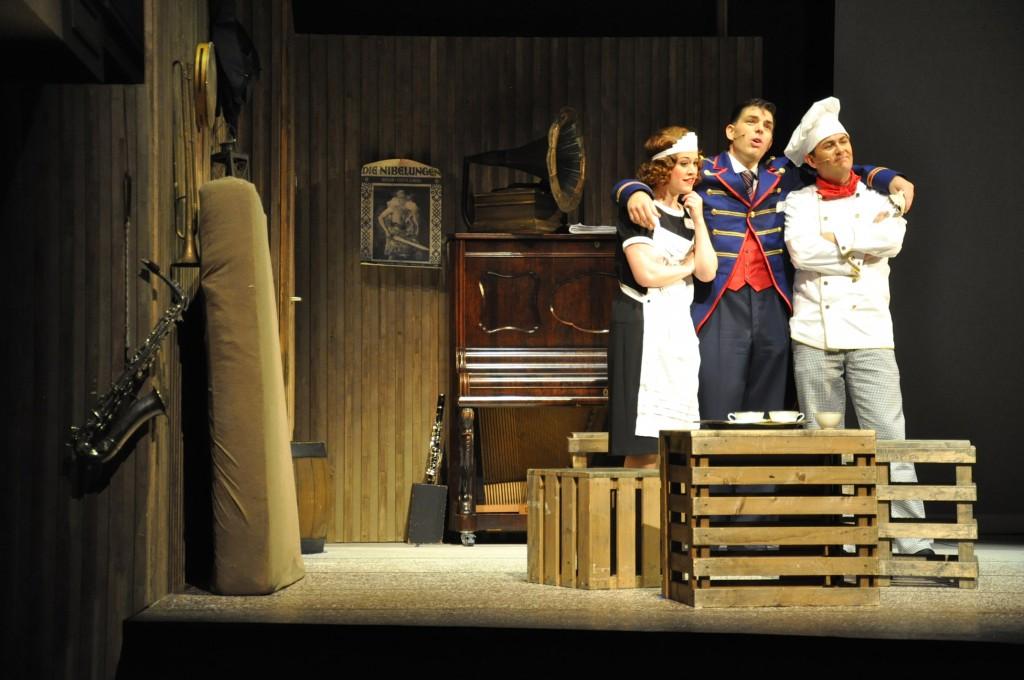 Revue Theater Capriolen