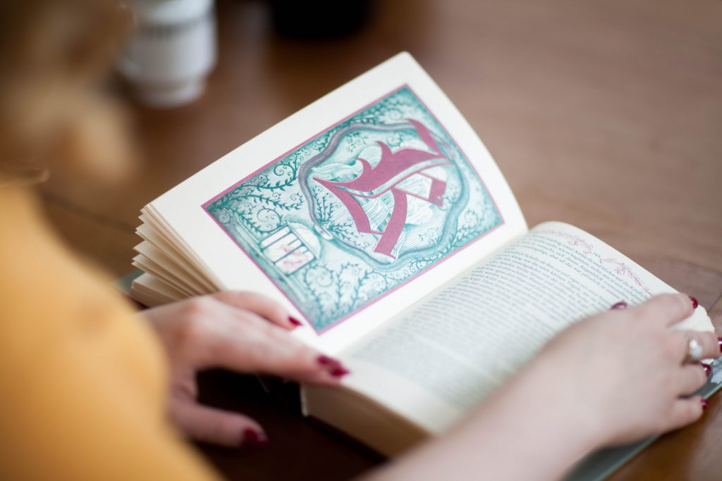 Book NeverEndingStory_ Unendliche Geschichte 2