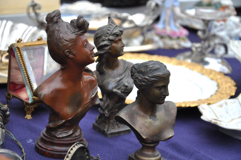 Flea Market Tips busts