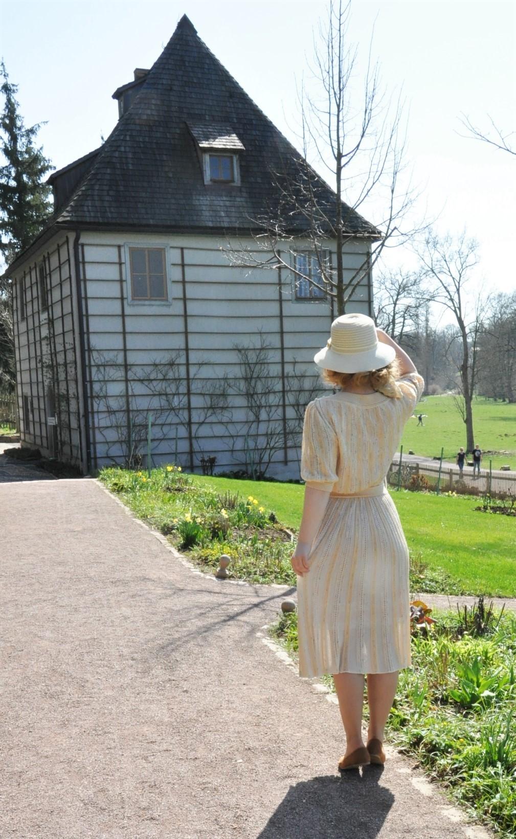 Goethes Gartenhaus Historischer Stadtrundgang durch Weimar - Duchess Anna Amalia Library - (2)