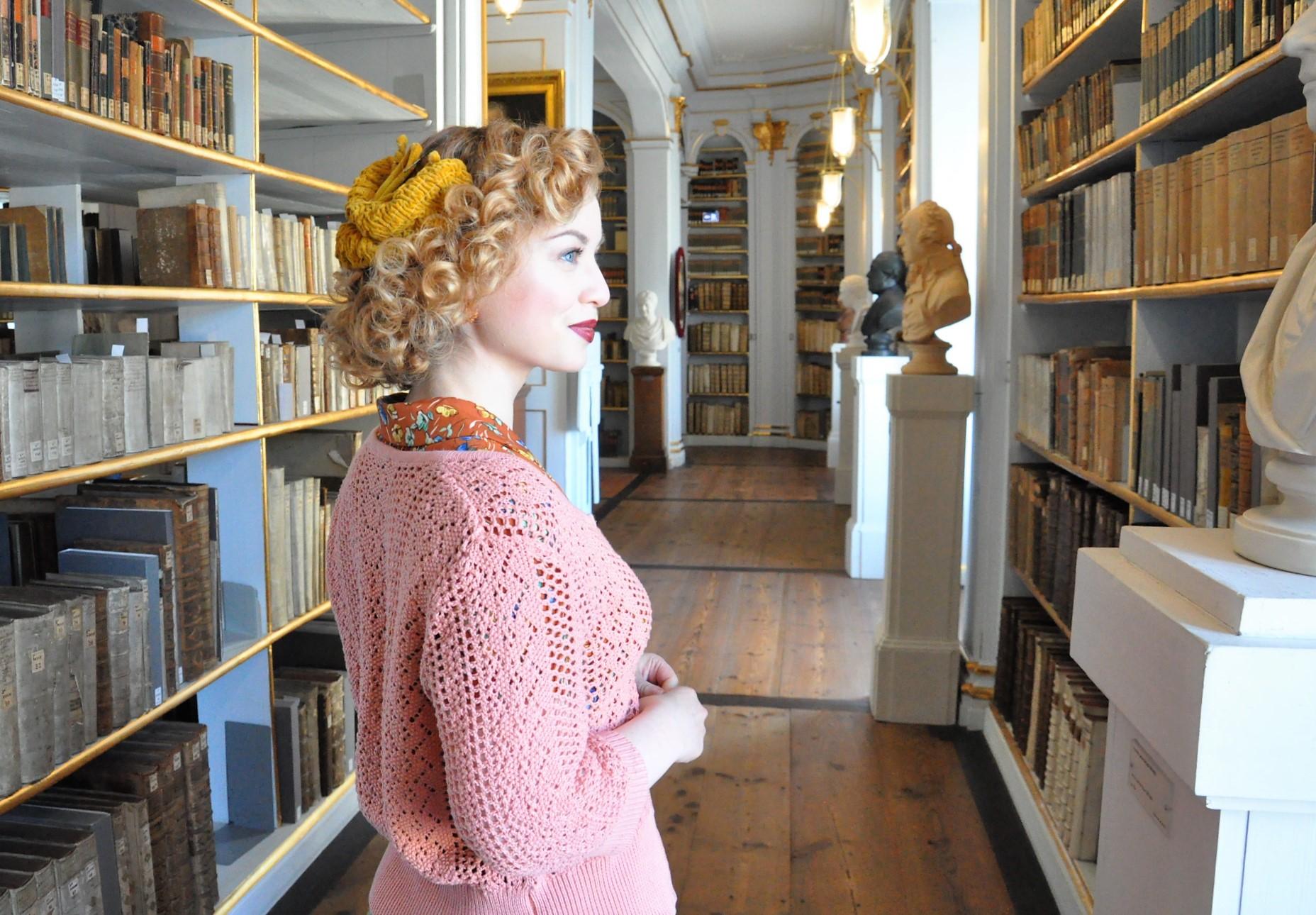 Historischer Stadtrundgang durch Weimar - Duchess Anna Amalia Library - (6)