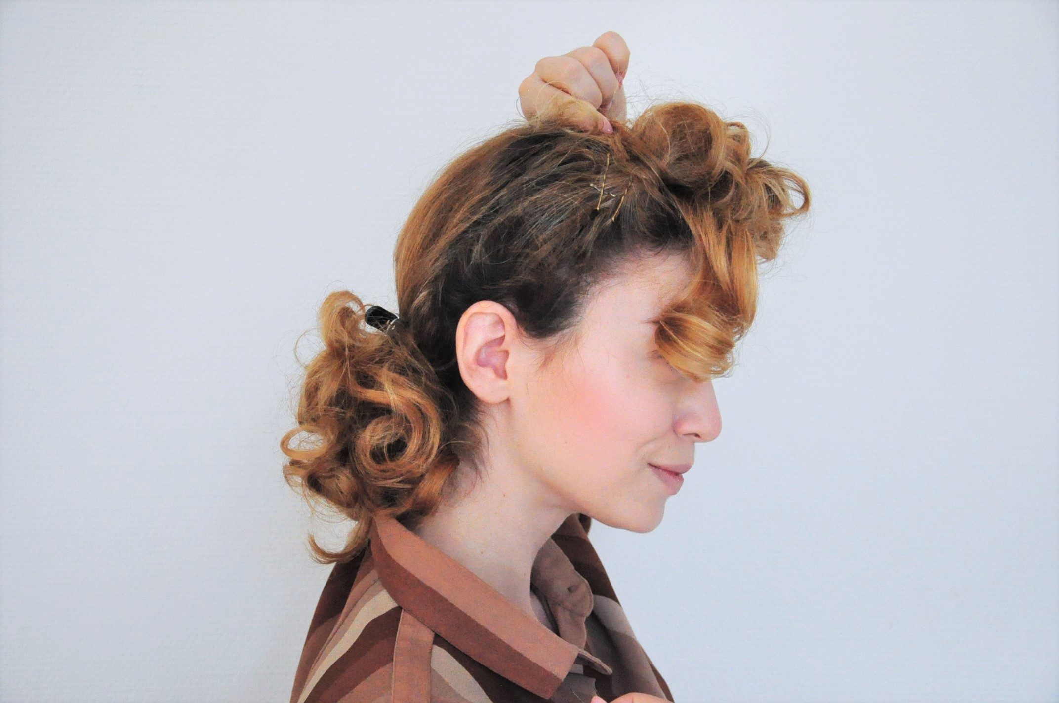 Curly 1940s Hair Easy Photo Tutorial For A Vintage 40s