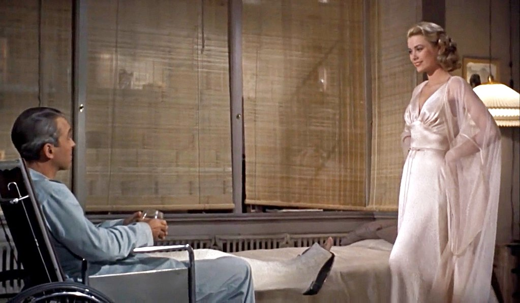 Grace Kelly and James Stewart in Rear Window Hitchcock Heroines - Hitchcocks Heldinnen (98)